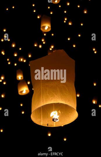 Lanterns in the sky, Yeepeng Lanna International Lantern Festival, Lanna Dhutanka, Chiang Mai, Thailand - Stock Image