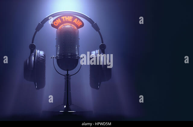Vintage microphone and headphones, illustration. - Stock-Bilder