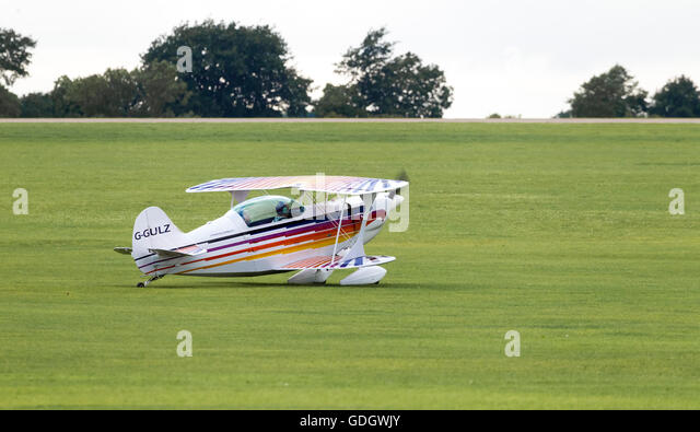 Christen Eagle 11 taxing out from Sywell airport for take off. - Stock-Bilder