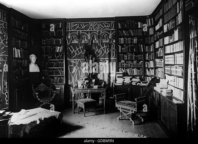 May, Karl, 25.2.1842 - 30.3.1912, German author / writer, his library in the Villa Shatterhand zu Radebeul, - Stock-Bilder