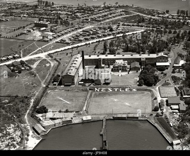 Nestle's Factory Abbottsford  - 1937 30164475825 o - Stock Image