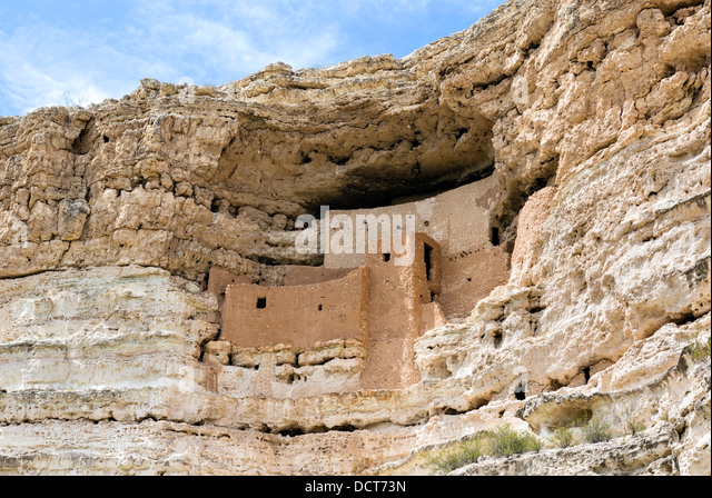 Montezuma Castle National Monument, well preserved cliff dwelling of the Sinagua people, near Camp Verde, Arizona, - Stock Image