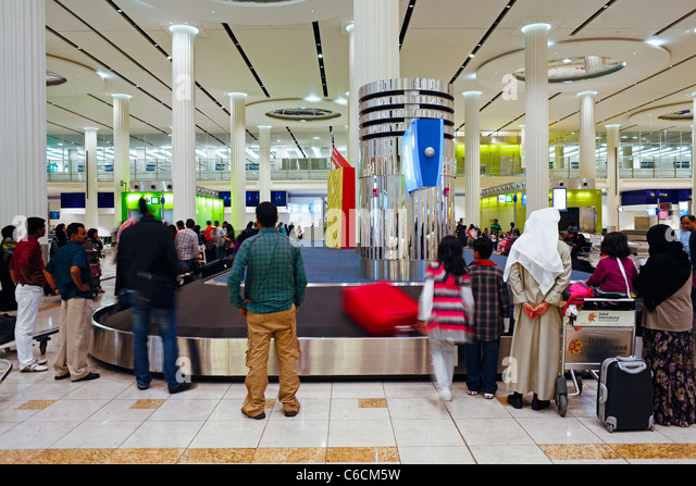 UAE, United Arab Emirates, Dubai, Dubai International Airport, Terminal 3, Baggage Carousel in the Arrivals Hall - Stock-Bilder
