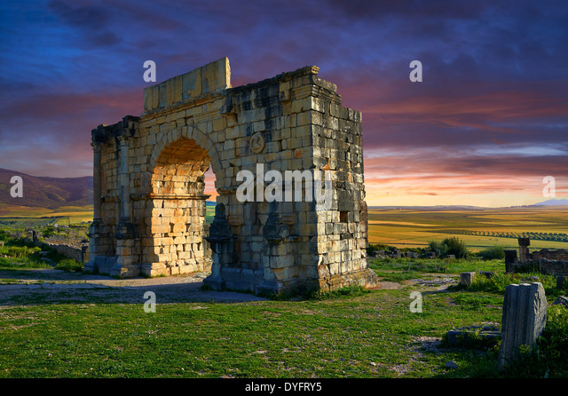 The Arch of Caracalla, built in 217 by the city's governor Marcus Aurelius Volubilis Archaeological Site, Morocco - Stock Image