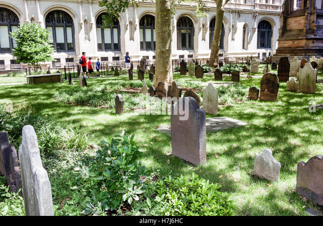 New York New York City NYC Lower Manhattan Financial District Trinity Church Episcopal Diocese Trinity Churchyard - Stock Image