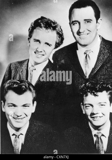 THE CRICKETS US vocal group in 1960. From l: Jerry Allison, Glen Hardin, Sonny Curtis, Earl  Sinks - Stock Image