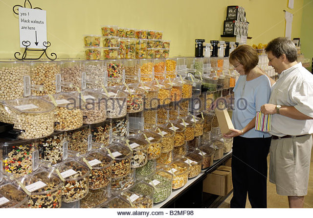 Indiana Chesterton Molly Bea's Ingredients shop food nutrition cooking baking grains nuts bulk bins containers - Stock Image