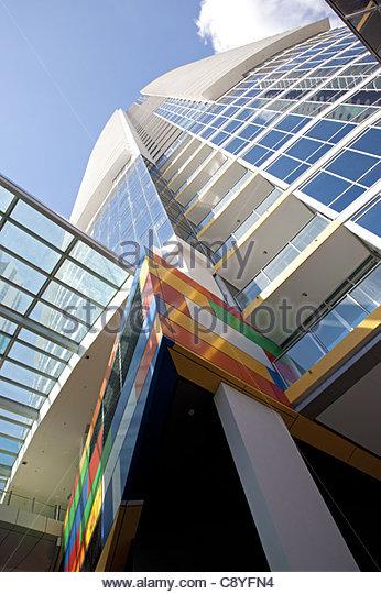modern urban corporate building - Stock-Bilder