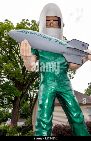 Illinois Wilmington Historic Route 66 Launching Pad Drive-In Gemini Giant statue man humor humour - Stock Image