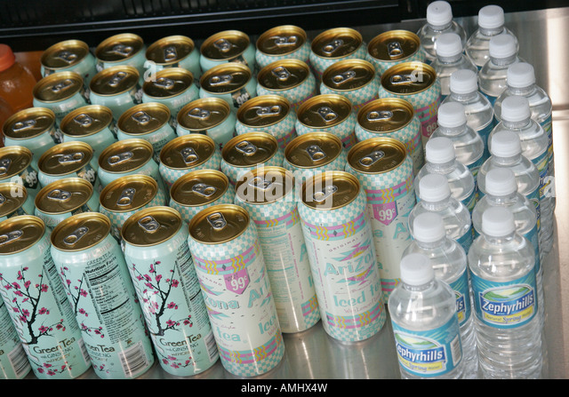 Florida, Miami Beach, convenience store, Arizona Iced Tea, aluminum cans, bottled water, cold drinks, cooler, - Stock Image