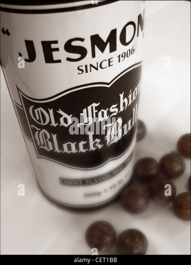 Jesmonds Old Fashioned Black Bulls tin Sheffield 1906 - Stock Image