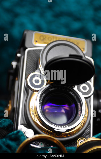 Rolleiflex twin lens reflex vintage film photographic camera photocamera - Stock Image