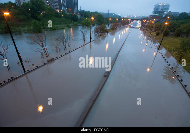Dvp Closure Gallery: Don Valley Parkway Stock Photos & Don Valley Parkway Stock