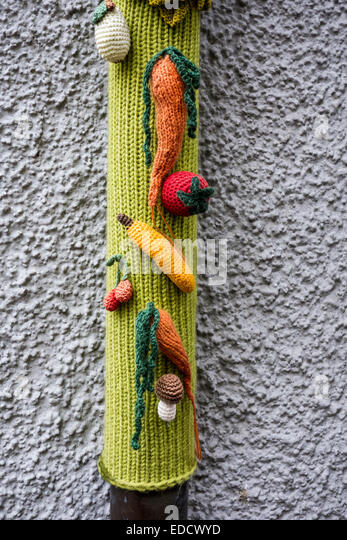 Guerilla Knitting Patterns : Guerrilla Knitting Stock Photos & Guerrilla Knitting Stock Images - Alamy