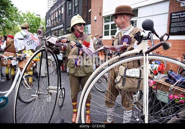 The Tweed Run London England UK The annual vintage bicycle run through the city streets - Stock Image
