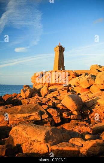 Lighthouse Ploumanach Cote de Granit Rose Cotes-dÕArmor Bretagne France - Stock Image