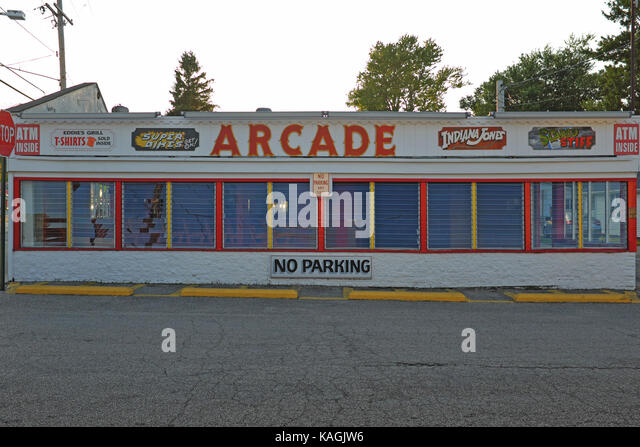 Old Fashioned Arcade Games Cartoon