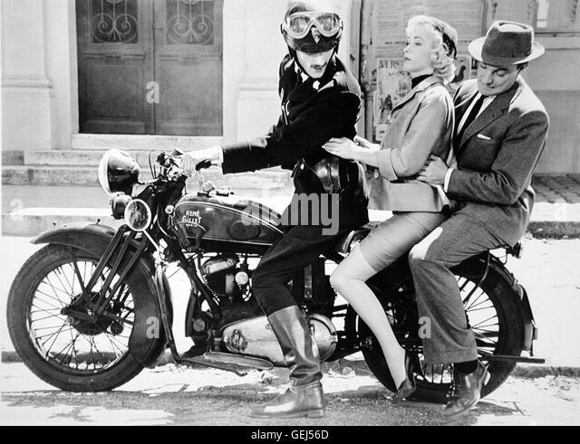 ?, Barbara Laage, Gene Kelly Als Dannys Vater Mike (Gene Kelly) und Janines Mutter Suzanne (Barbara Laage) erfahren, - Stock Image
