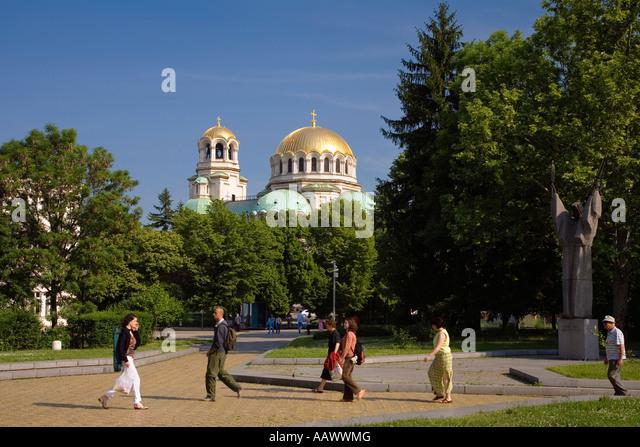 Municipal park with Saint Alexander Nevski Cathedral, Sofia, Bulgaria - Stock-Bilder