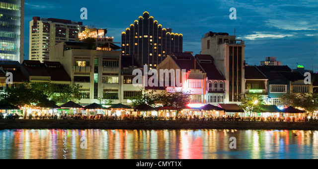 Skyline of Singapur, Boat Quay, Restaurant, bars at night, South East Asia, twilight - Stock Image