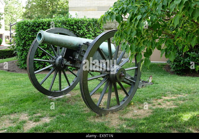 Captured union civil war cannon forged at the Watervliet, NY arsenal. It is on display outside Winchester Virginia - Stock Image