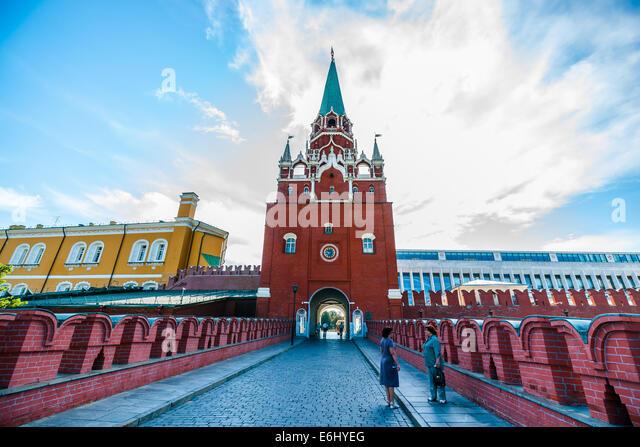 kremlin single girls Kremlin tunnels : the secret of moscow's underworld june 28 as an escape route if the kremlin were besieged and to bring brutal murder by teen-age girls.