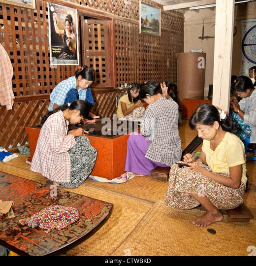 Peddinghaus Workshop Myanmar: Burmese Lacquerware Stock Photos & Burmese Lacquerware