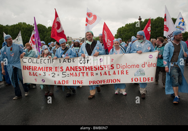 Paris, Protests, Tens of thousands of workers, Demonstrating against French Government's plans to change Pension - Stock Image