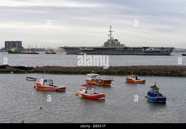 Clemenceau entering Teesport - Stock Image