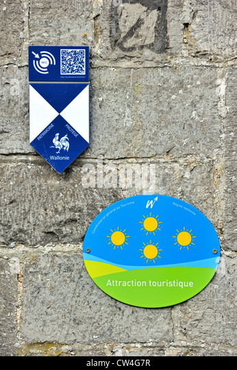 Shield with logos of cultural heritage building / Patrimoine Protégé Wallonie and tourist place of interest - Stock Image