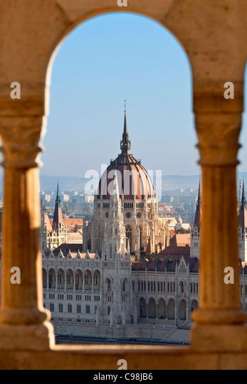 Budapest, Hungarian Parliament Building view from Fishermen's Bastion - Stock-Bilder