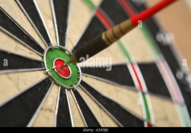 Dart in center - Stock Image