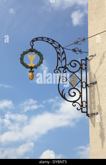 German Old ornamental iron wrought for the beer brewery Starnbraeu, Bad Toelz, Upper Germany, Europe. Photo by Willy - Stock Image