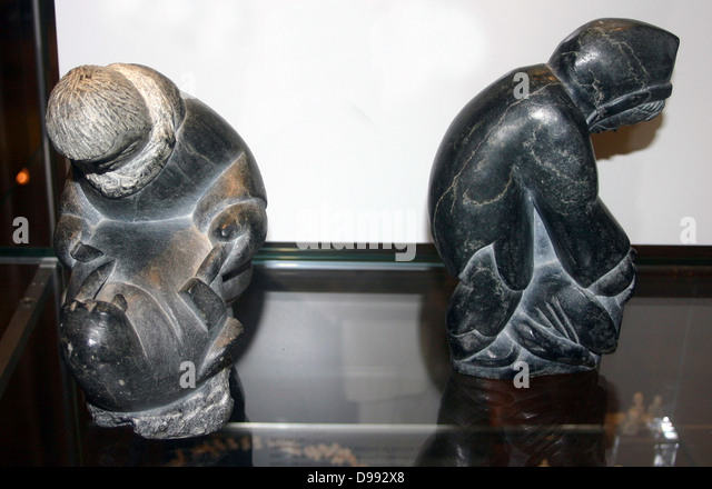 Two carved Inuit (Eskimo) sculptures from the 20th century. Arctic - Stock Image