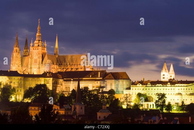Evening mood at Prague Castle with Saint Vitus's Cathedral, Castle District, Hradschin, Prague, Czech Republic, - Stock-Bilder