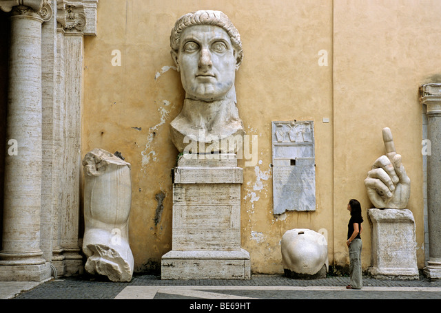 Colossal statue of the Roman Emperor Constantine, Conservator's Palace, Capitoline Museums, Capitoline Hill, - Stock-Bilder