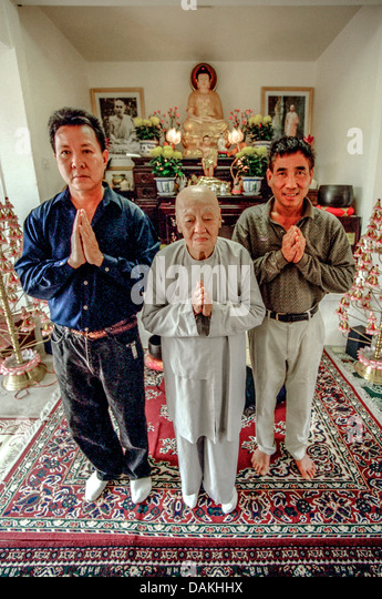oregon house buddhist single men Sravasti abbey is buddhist monastery in the tibetan tradition where nuns, monks, and lay people study and meditate to create peace in a chaotic world.