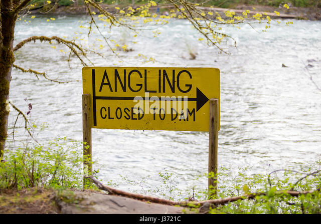 Angling Closed to Dam Sign - Stock Image