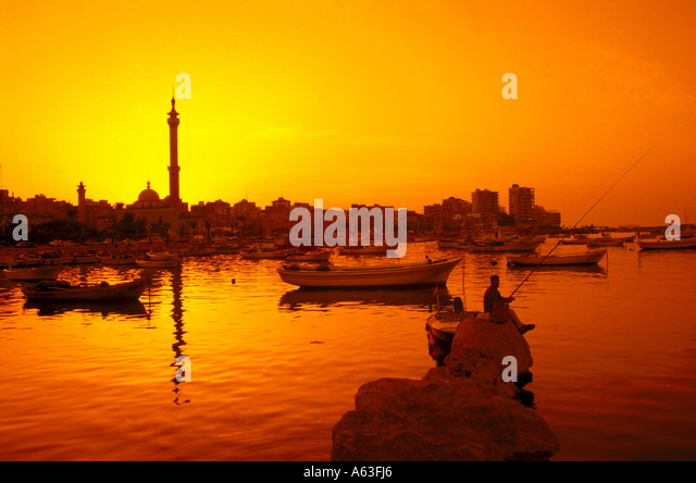 Harbour and El Mina mosque, Tripoli, Lebanon - Stock Image