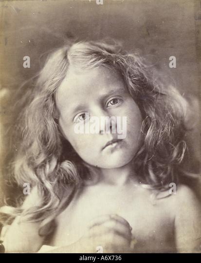 The Anniversary, photo by Julia Margaret Cameron. Great Britain, late 19th century. - Stock-Bilder
