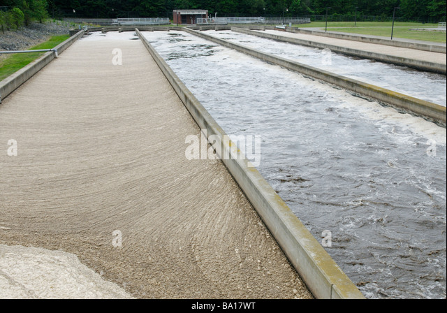 Activated sludge secondary sewage treatment system. - Stock Image