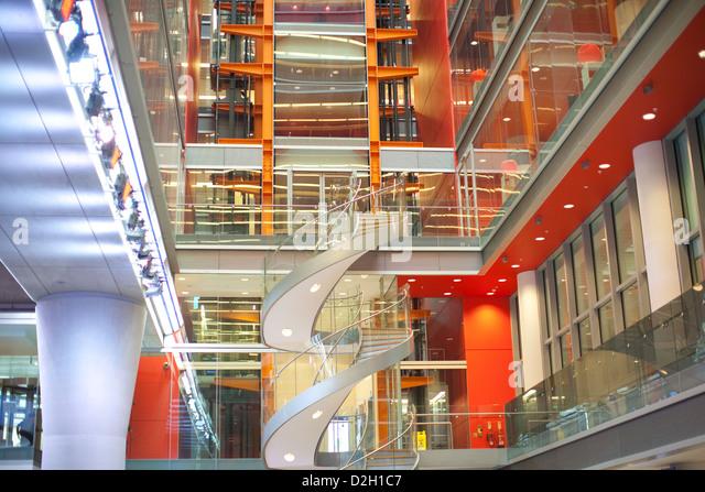 Newsroom stock photos newsroom stock images alamy for Tech house london