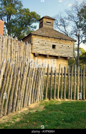 The blockhouse and fence at Fort Massac State Park near Metropolis Illinois - Stock Image