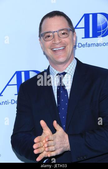 Anti-Defamation League entertainment industry dinner honoring Bill Prady - Arrivals  Featuring: Joshua Malina Where: - Stock-Bilder