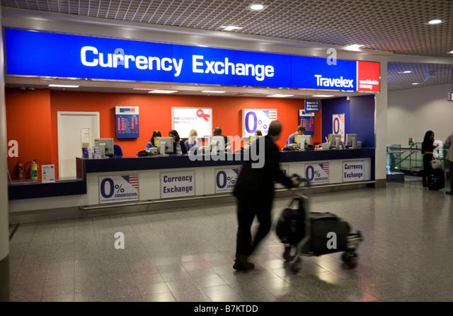 gatwick airport bureau de change ttt moneycorp bureau de change near the passenger hand luggage. Black Bedroom Furniture Sets. Home Design Ideas