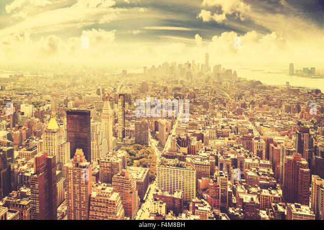 Vintage toned Manhattan skyline, New York City, USA. - Stock-Bilder