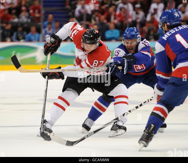winter olympic games and crosby Canadian men hockey team at sochi 2014 winter olympic games find this pin and more on pens feelings by mad  sidney crosby, looking like a boss is those fantastic black jerseys for team canada.