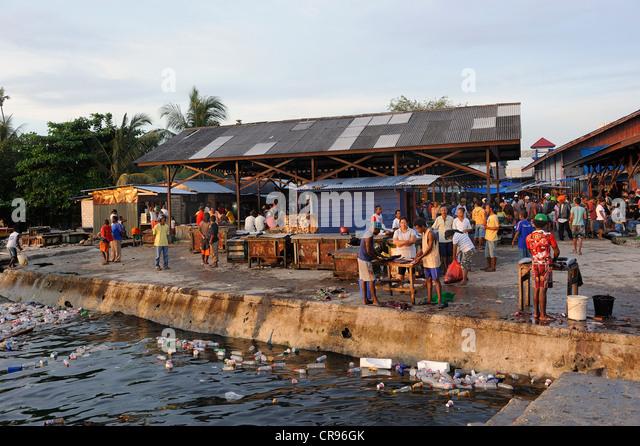Papuans stock photos papuans stock images alamy for Hagen s fish market