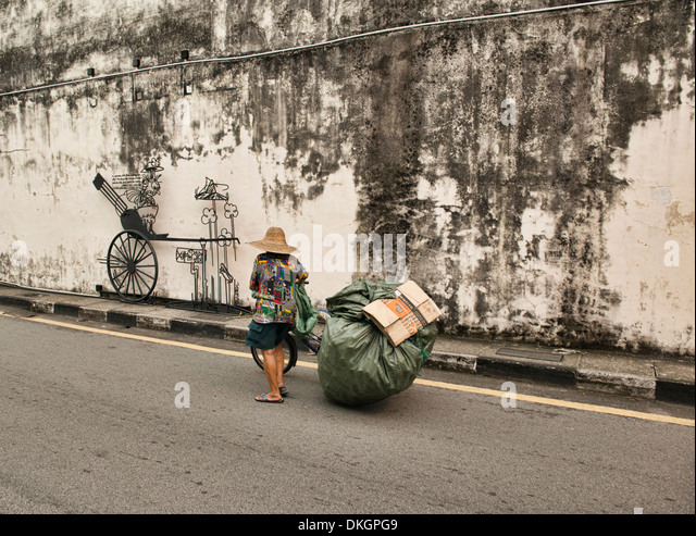 homeless in malaysia On top of providing the homeless with a place to stay, pusat transit gelandangan  kuala lumpur also helps its residents get back on their feet.