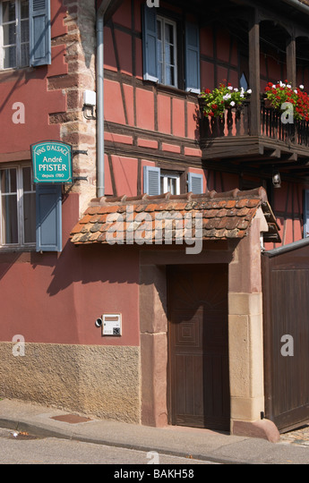 the house and winery dom pfister dahlenheim alsace france - Stock Image